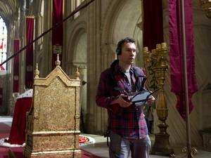 Cineasta Bryan Singer no set de filmagens de 'Jack: O caçador de gigantes' (Foto: Divulgação)