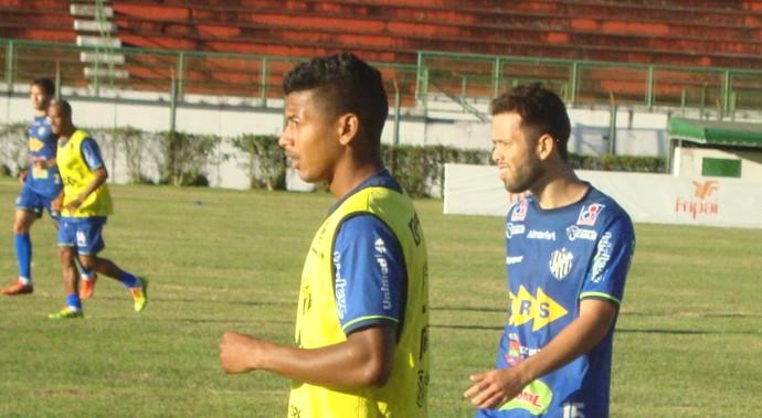 Maguinho e Álvaro Tupi-MG (Foto: Bruno Ribeiro)