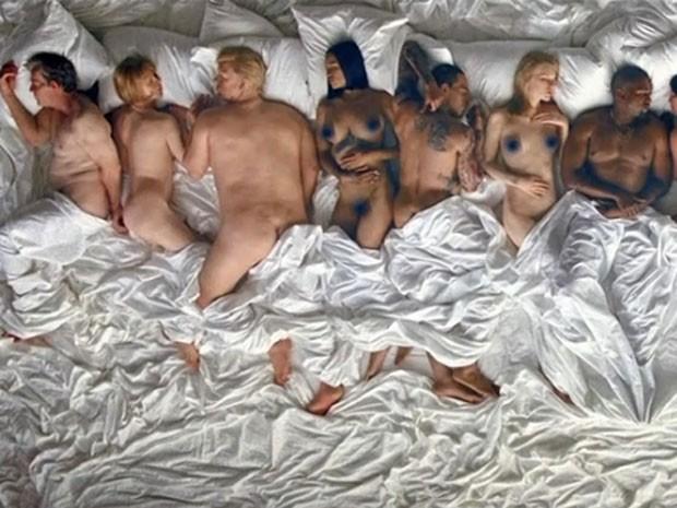 George W. Bush, Anna Wintour, Donald Trump, Rihanna, Chris Brown, Taylor Swift e Kanye West são retratados em clipe (Foto: Reprodução)