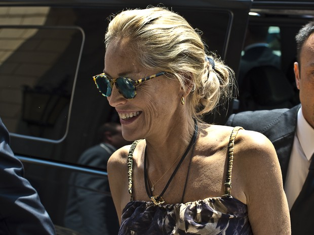 Sharon Stone em Roma, na Itália (Foto: Splash News/ Agência)