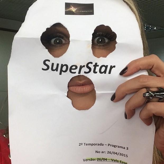 """Fernanda Lima nos bastidores do """"Superstar"""" (Foto: Instagram/ Reprodução)"""