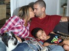 Há 10 anos juntos, Diogo Nogueira e Milena anunciam casamento para julho
