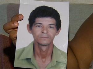 Dejanildo Santos Matos, de 44 anos, está desaparecido desde o começo de outubro  (Foto: Antonio Luiz/EPTV)