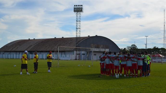 Vilhena treino Rondoniense (Foto: Dennis Weber)