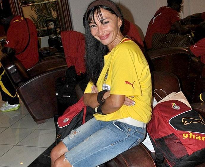Mariana Kovacevic média placenta equina Gana (Foto: Ghana Soccernet)