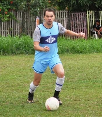 Adriano Louzada, atacante do Atlético-AC (Foto: Duaine Rodrigues)