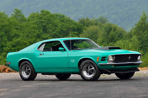 Ford Mustang Boss 429 é homenageado pela Roush até na cor verde (Foto: Mecum Auctions/Divulgação)