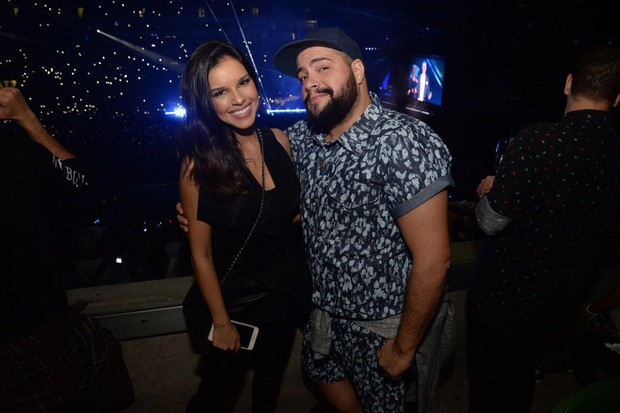 Mariana Rios e Tiago Abravanel vão ao show de Justin Bieber em São Paulo (Foto: Felipe Panfili / Divulgação)