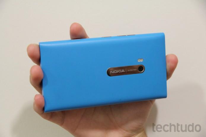 Nokia Lumia 900 (Foto: TechTudo/Marlon Câmara)