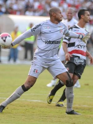 Santa Cruz x Sport - Tiago Cardoso (Foto: Aldo Carneiro)