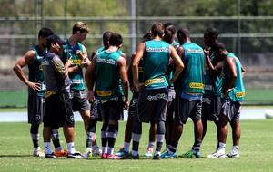 eduardo hungaro botafogo treino (Foto: Luciano Belford / SSPress)