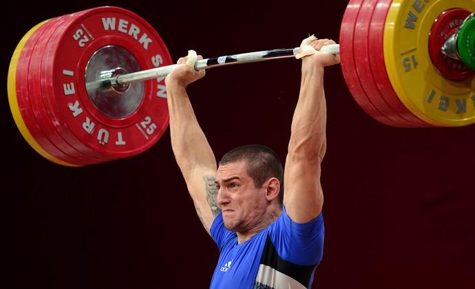 Ivan Markov levantamento de peso (Foto: AFP)