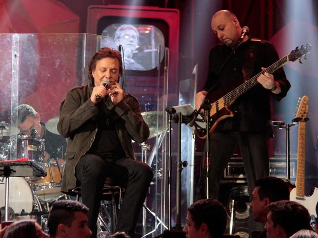 Fábio Jr. se apresenta na gravação do programa Altas Horas (Foto: Marcos Mazini/Gshow)