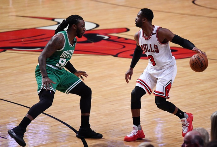 Chicago Bulls e Boston Celtics em ação na NBA (Foto: Mike DiNovo-USA TODAY Sports)