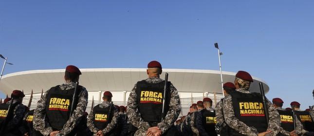 Milicianos artigos militares