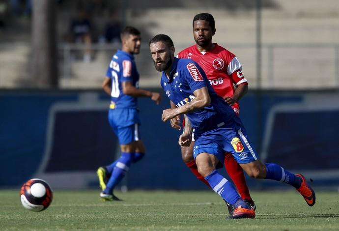 Rafael Sobis foi um dos destaques do Cruzeiro no último teste antes da estreia no Mineiro (Foto: Washington Alves/Light Press)