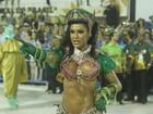 Namoro assumido, beijos e emoção no encerramento do carnaval do Rio