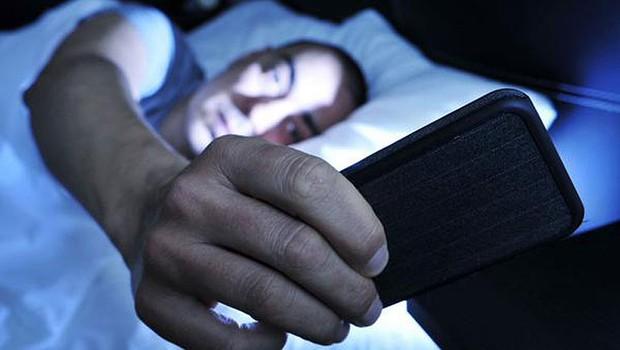 10 hábitos na hora de dormir que derrubam a produtividade no dia seguinte