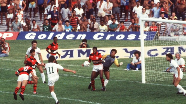Zico Flamengo x Fluminense 1986 (Foto: Eurico Dantas / O Globo)
