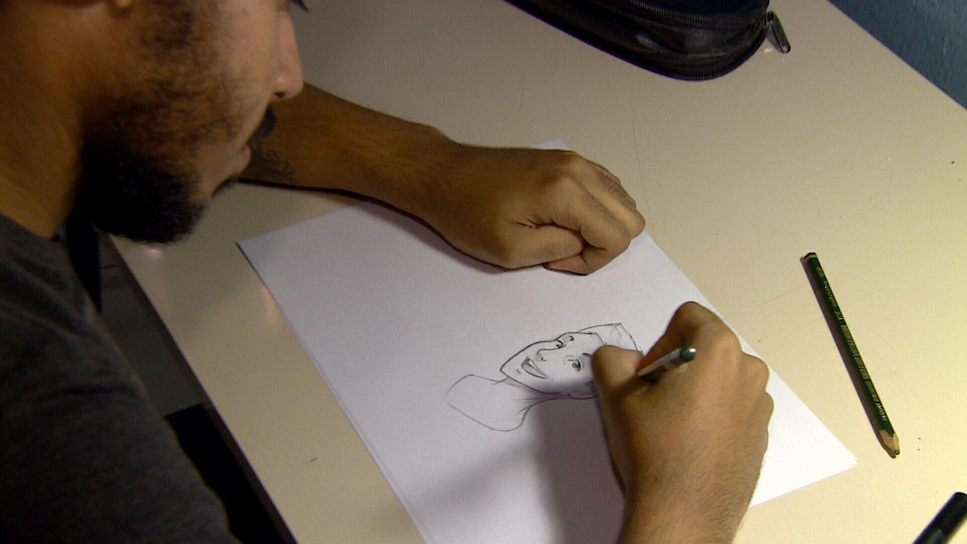 Designer gráfico de Manaus realiza o sonho de pessoas virarem, um desenho (Foto: Amazônia Revista)