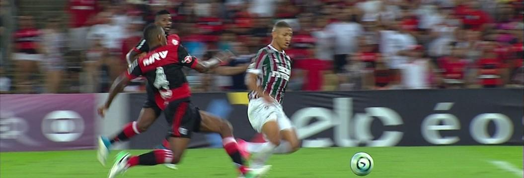 Fluminense x Flamengo - Campeonato Brasileiro 2017-2017 ... 897a4d4163336