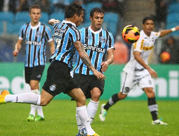 Vargas, Grêmio x Botafogo (Foto: Lucas Uebel/Grêmio FBPA)