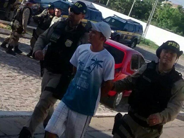 Foram cumpridos 13 mandados de prisão (Foto: Divulgação/Polícia Rodoviária Federal do RN)