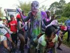 Animadinho, Usain Bolt curte muito Carnaval em Trindade e Tobago; fotos