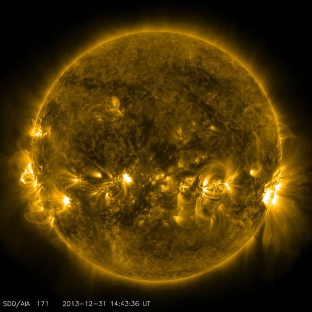 Imagem do Sol feita nesta terça (31) pelo satélite SDO, da Nasa (Foto: Nasa/SDO)