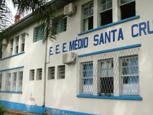 Na Escola Santa Cruz, estudantes querem indicação de professor da própria escola (Foto: Reprodução/RBS TV)
