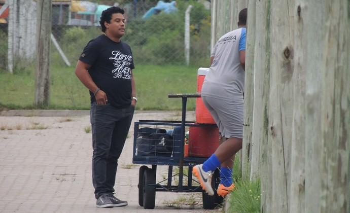 Diego Assis sobrinho Ronaldinho (Foto: Paula Menezes/GloboEsporte.com)