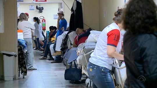 Superlotado, Pronto Socorro de Hospital de Santa Maria suspende internações de pacientes