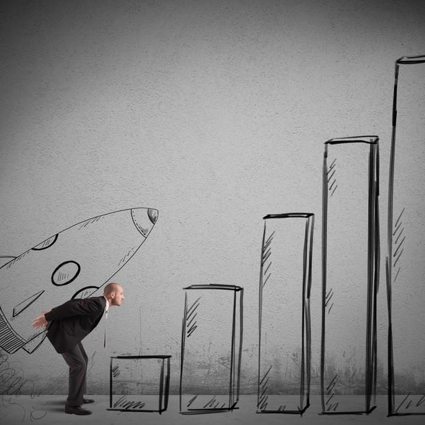 Carreira ; disruptivo ; pular etapas ; quebrar hierarquia ; sucesso ; dar um salto na carreira ; salto na vida ;  (Foto: Shutterstock)