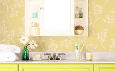 Banheiros pequenos: como ganhar espaço dentro deles