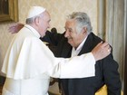 José Mujica é recebido pelo Papa Francisco no Vaticano