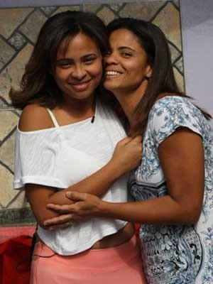 Rafaela e a mãe Denise vão ter um Dia das Mães especial (Foto: Roberto Moreyra/ Agência O Globo)