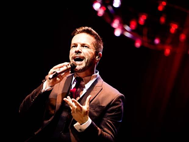 O cantor Pedro Camargo Mariano, que se apresenta nesta sexta (3) no Teatro na Unip, em Brasília (Foto: Dani Gurgel/Divulgação)