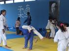 Macaé, RJ, abre inscrições para aulas de judô, jiu-jitsu, kickboxing e surf