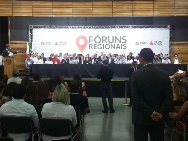 Governador está em Uberaba (Foto: Vanessa Fontanella/G1)