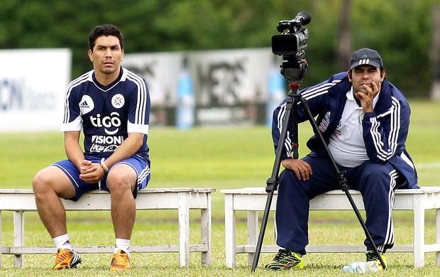 Cabañas treino seleção do Paraguai (Foto: Reuters)