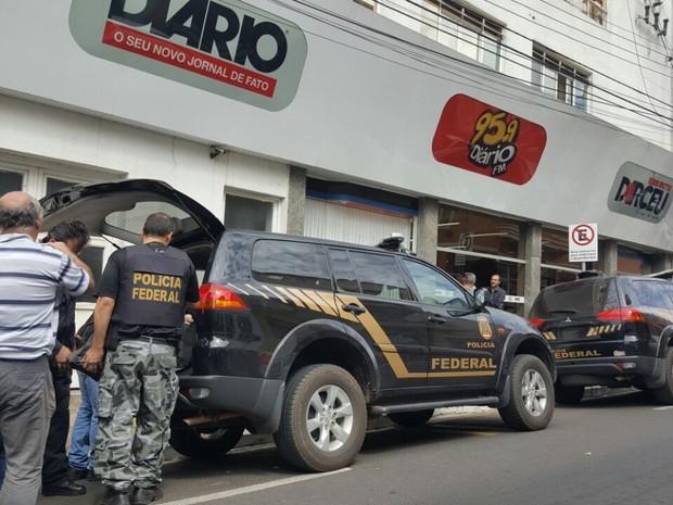 Polícia Federal cumpriu mandados em Marília (Foto: Romeu Neto/TV TEM)