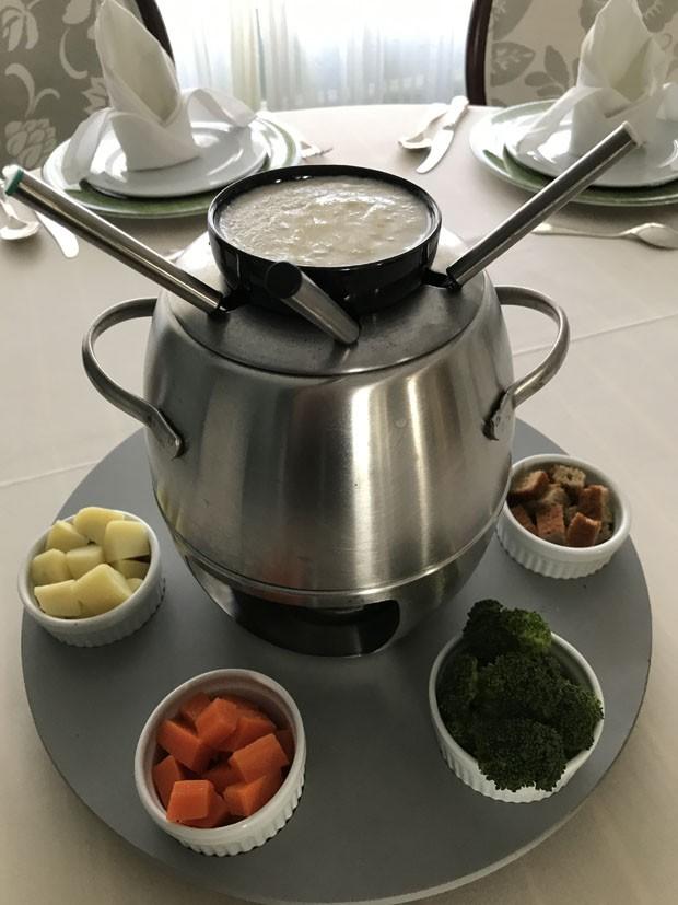 Receita de fondue de queijo saudável (Foto: Divulgação)