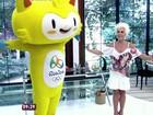 Vídeo: Ana Maria Braga samba e dança funk com mascote das Olimpíadas