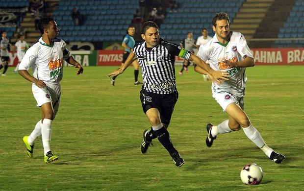 Ipatinga x Ceará (Foto: Sergio Gandolphi / Globoesporte.com)