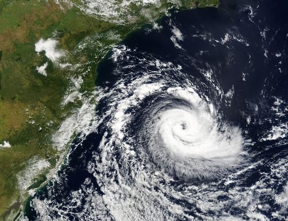 Furacão Catarina: em março de 2004, o fenômeno destruiu casas e causou estragos no litoral catarinense (Foto: Wikimedia Commons)