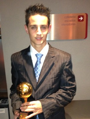 Filipinho, do Pelotas, eleito jogador revelação no prêmio Melhores do Gauchão (Foto: Tomás Hammes/GLOBOESPORTE.COM)