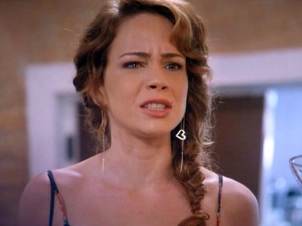 Irritada, Cristina briga com Zé Alfredo e diz que tem nojo  (Foto: Império / TV Globo)