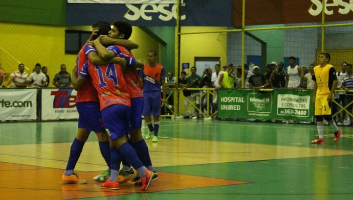 Abaré vence Lagoa Grande e carimba vaga na terceira fase da Copa TV Grande Rio de Futsal (Foto: Amanda Lima)