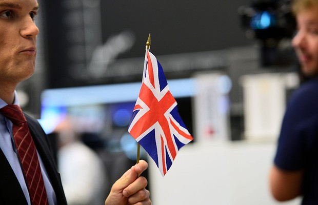 Com queda de mercado, França é agora mais rica do que o Reino Unido
