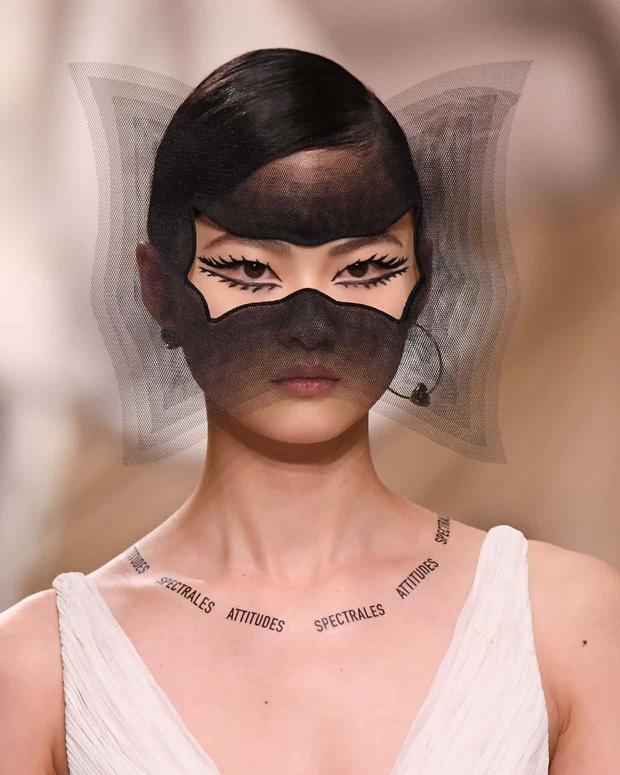 Tatuagens do desfile da Dior (Foto: Reprodução)